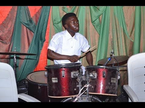 10 YEARS OLD DRUMMER DOES COVER OF ALL DAVIDO SONGS IN CHURCH!!!