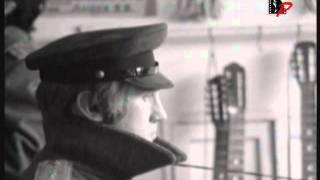 Смотреть клип песни: Владимир Высоцкий - В куски разлетелася корона
