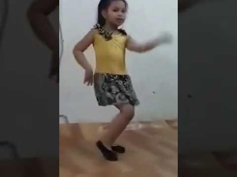 Chinna Ponnu Nanum Thaniya Nikarenea