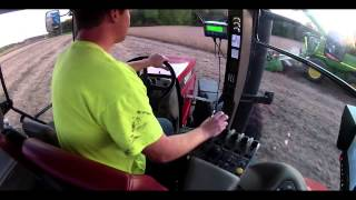 case ih 305 magnum with kinze grain cart john deere 9770 harvesting soybeans on 10 9 13