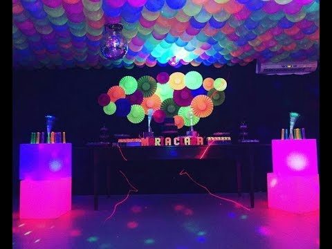 Fiesta de luz neon fluorescente party 2017 mesa de dulces - Patio de luces decoracion ...