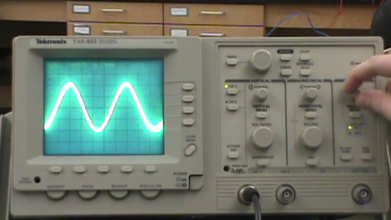 Measuring AC Voltage with an Oscilloscope