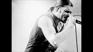 Dreve - Grudge [HQ] (By Brent Smith from Shinedown)(Grudge by Dreve form their EP Dirthouse. Dreve was Brent Smith's band before Shinedown. This is in high quality, enjoy! All Dreve songs: ..., 2012-10-06T11:42:47.000Z)