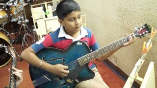 Kya dekhte ho- Shreyas Joshi on the Guitar