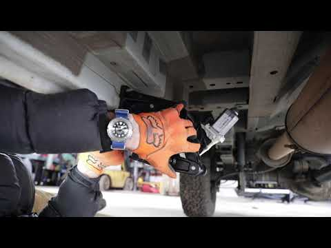 AMP Research POWERSTEP 4X4 Ford Transit Install & Review