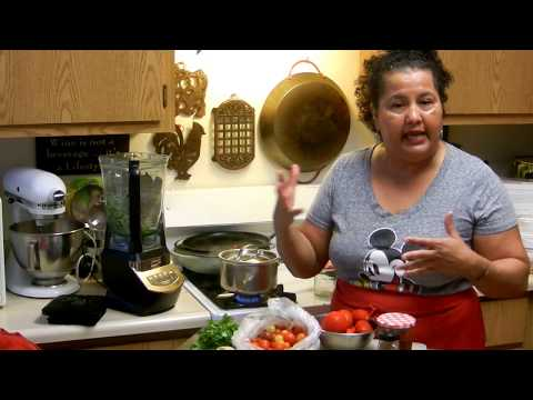 How to Make a Traditional Mexican Salsa Ranchera! Part 1 of 2