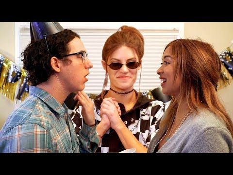 New Year's Eve Kiss | Science with Hannah Stocking