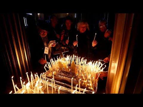 orthodoxe christen feiern weihnachten youtube. Black Bedroom Furniture Sets. Home Design Ideas