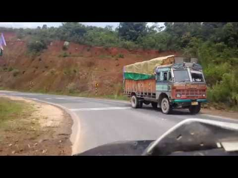 guwahati to shillong nh tour by sumo (awesome side view) must  watch