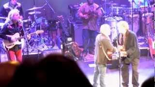 Paul Simon: Bye Bye Love with Don Everly - live Nashville 5-19-11