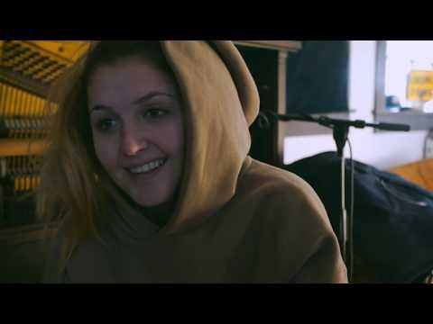 Download Chelsea Cutler & Jeremy Zucker - brent Documentary Mp4 baru