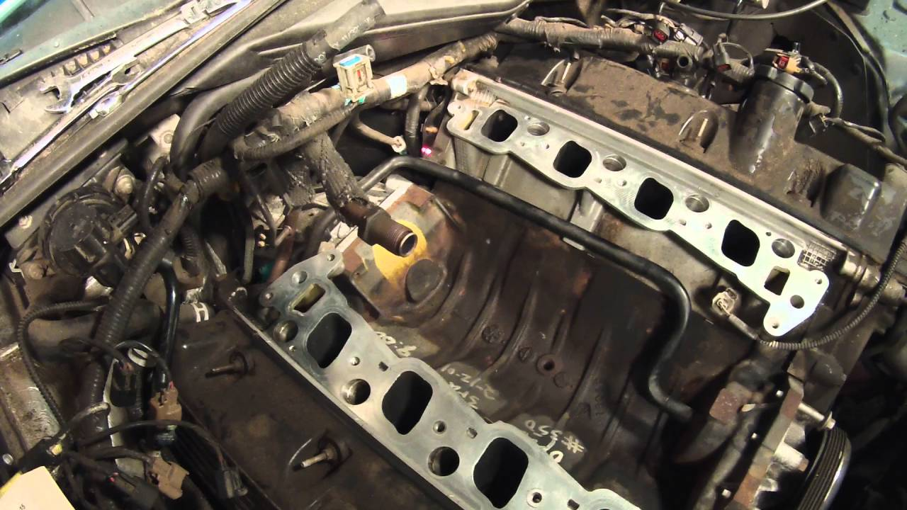 hight resolution of what i ve learned about changing the intake manifold on a ford 4 6 liter v 8 youtube