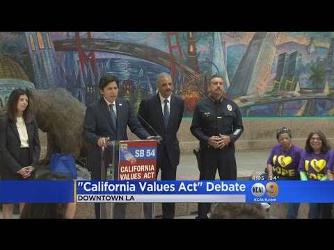 Former Obama AG, LAPD Chief Beck Voice Support For 'Sanctuary State' Bill