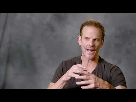 Mile 22: Director Peter Berg Behind the Scenes Movie Interview Mp3
