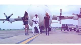 اغنية جديدة من جنوب السودان  يغني عن الفتيات ذوي المؤخرة الكبيرة