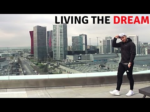 Day Trading  - The Dream Lifestyle Barcelona, Spain