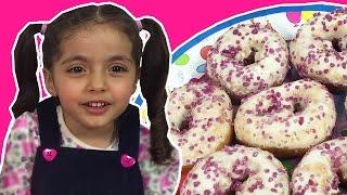 PEPPA PIG BIRTHDAY PARTY Toys + Kinder Eggs Ft. Train + Nursery Rhymes + Songs Incy Wincy Spider