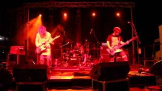 BLEACH Nirvana Tribute - School (Nirvana Cover) live