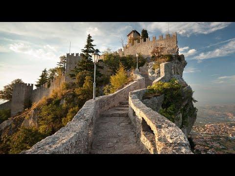 San Marino - Walk through the city wall