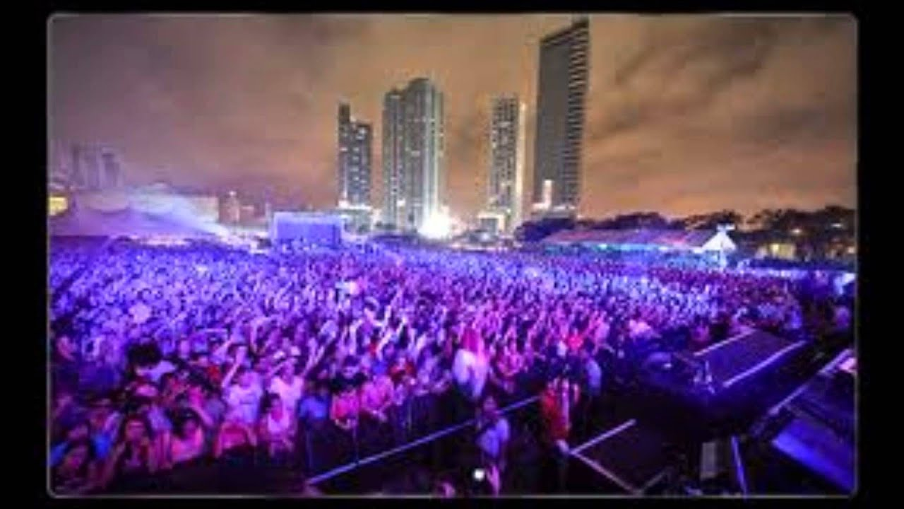 Deep house mix new 2013 vol 1 miami wmc and ultra music for Deep house rave