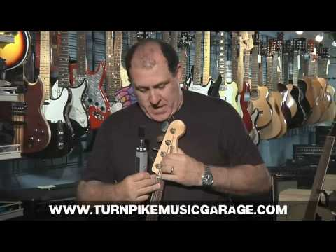 Guitar Tech - How To Restring a  Bass Guitar - Turnpike Music Garage - Distinti Productions