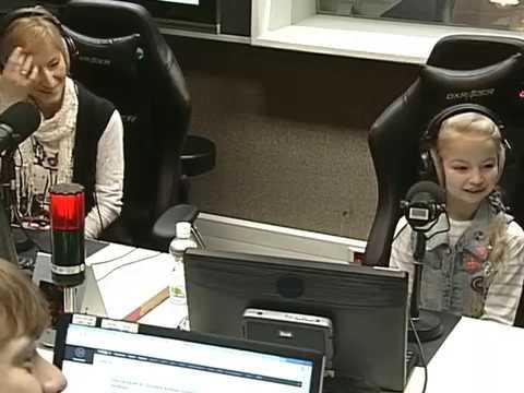 """Голос Маши из мультфильма """"Маша и Медведь"""" - Варвара Саранцева"""