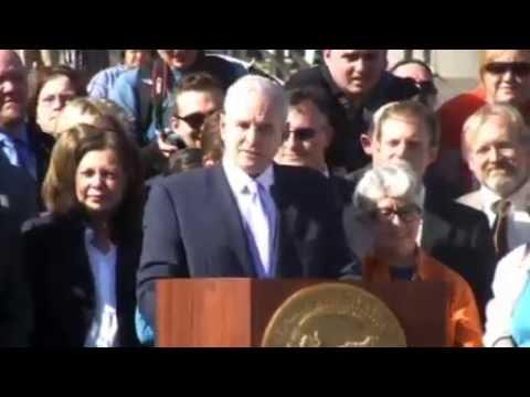 Gov Dayton Legalizes Same-Sex Marriage In MN