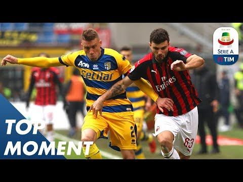 Cutrone Goal Shines In Home Victory | Milan 2-1 Parma | Top Moment | Serie A