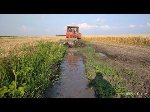 Ровняем полевые дороги