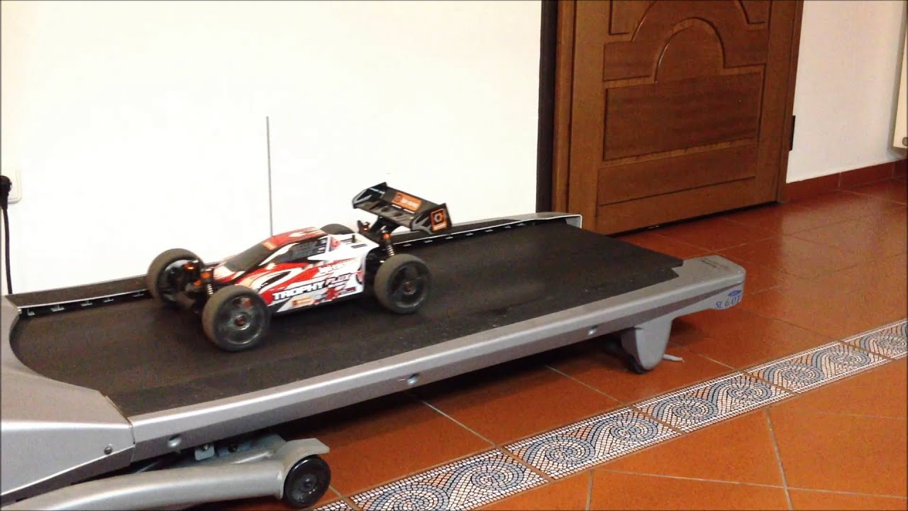HPI trophy buggy flux workout on treadmill - YouTube
