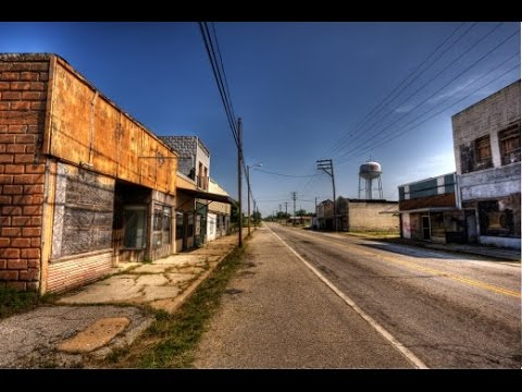 Top 5 Ghost Towns Of the Modern World