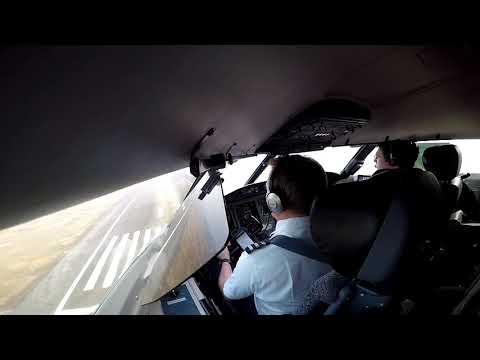 Challenger 605 Landing in Ningbo Airport