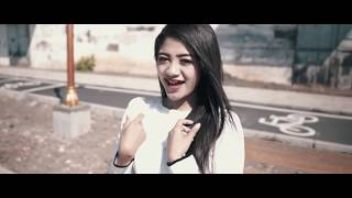 Download lagu Bukan Kaleng Kaleng - Nisa Fauzia (DJ Hackologica Hindi Trap Remix)