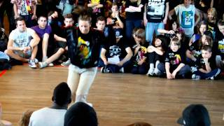 Pershing - Top Toys - Crazy Moves 2011 Hamburg - House Eliminations