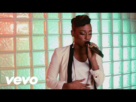 Alexandra Burke - Jar Of Hearts (Christina Perri acoustic cover)