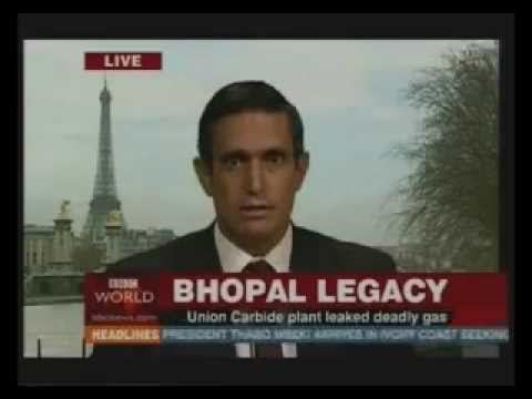 FLASHBACK: The Yes Men Dow Chemical/Bhopal Disaster Prank (2004)