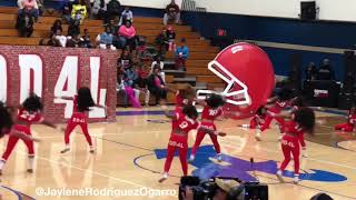 Full routine of the Dancing Dolls Football Theme Trio. Follow me on...