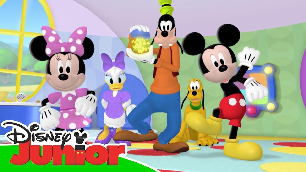 Magical moments la casa di topolino una sorpresa per for La fattoria di topolino