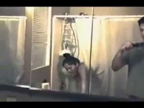 Une apparition sous la douche youtube - Video sous la douche ...