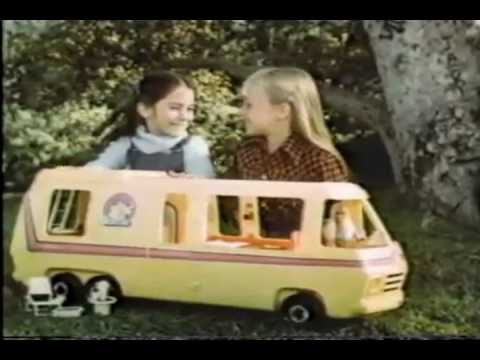 VINTAGE 80'S BARBIE STAR TRAVELLER MOTOR HOME COMMERCIAL