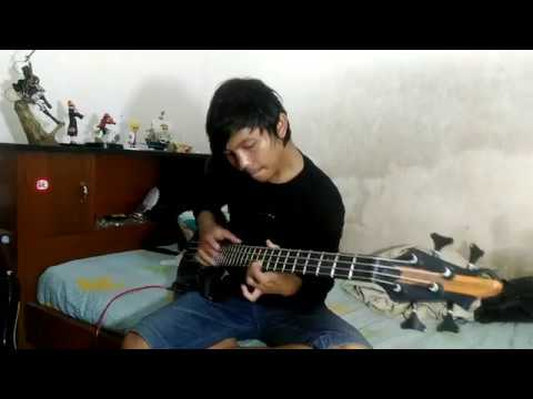 tapping and slap bass guitar