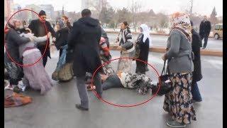 Saç Saça Baş Başa Kavga Ettiler, Polis Zor Ayırdı - Dilenci Kavgası - KAYSERİ