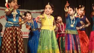 """Vanathy dancing for """"Aadathu asangathu Vaa Kanna"""""""