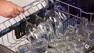 Посудомоечная машина Electrolux ESL97511RO видео(Встраиваемая посудомоечная машина Electrolux ESL97511RO полноразмерная рассчитанная на 13 комплектов посуды. На..., 2015-07-09T15:32:38.000Z)
