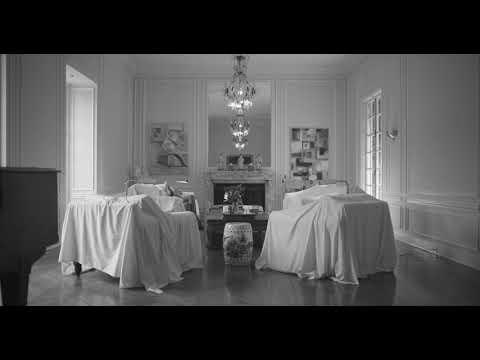 Maison Close X NIIA - Living Room
