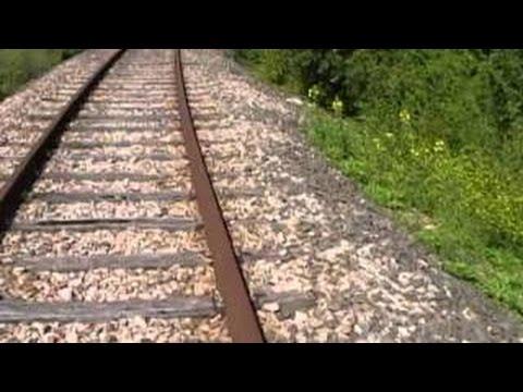 La voie ferr e d saffect e reliant paris nord 2 ikea aulnay sous bois youtube - Maison au bord de la voie ferree ...