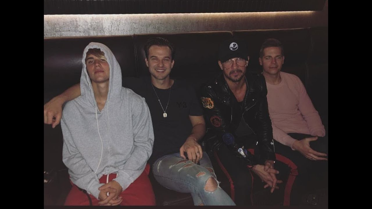 justin bieber with friends amp family celebrating his 24th