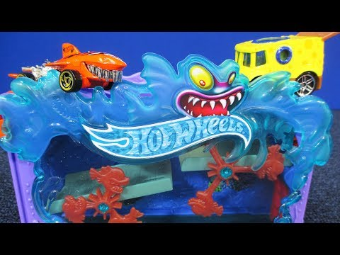 Downtown Aquarium Bash Hot Wheels Play Set #hotwheelscity NEW For 2018!