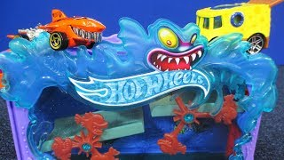 Downtown Aquarium Bash Hot Wheels Play Set: NEW For 2018! Works With Track Builder System!