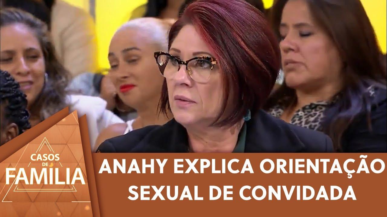 Dra. Anahy esclarece sexualidade de convidada   Casos de Família (23/09/20)